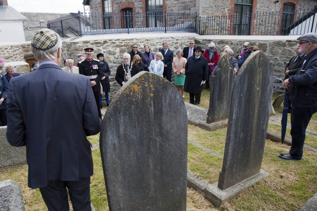 Penzance Jewish Cemetery event, John Pender speaking.
