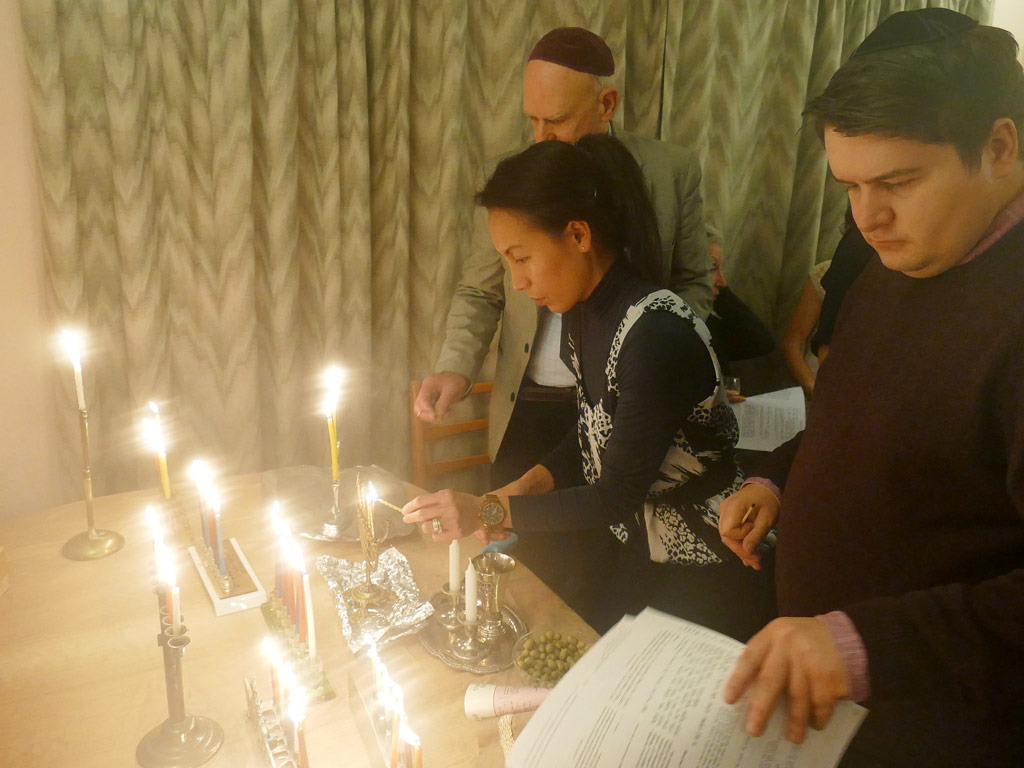 Chanukah Oneg Shabbat in Sheffield